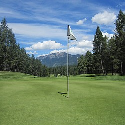 Play golf in Montafon - Austria